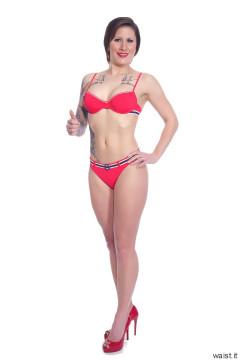 2016-04-02 Lexy in red bikini