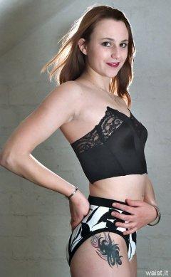Taryn retro fitness 1998-11-08