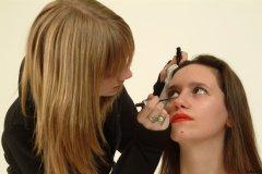 Carlie does Chiara's make-up