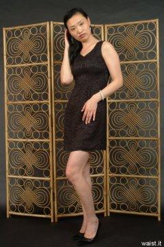 Moonlit Jane in little black dress