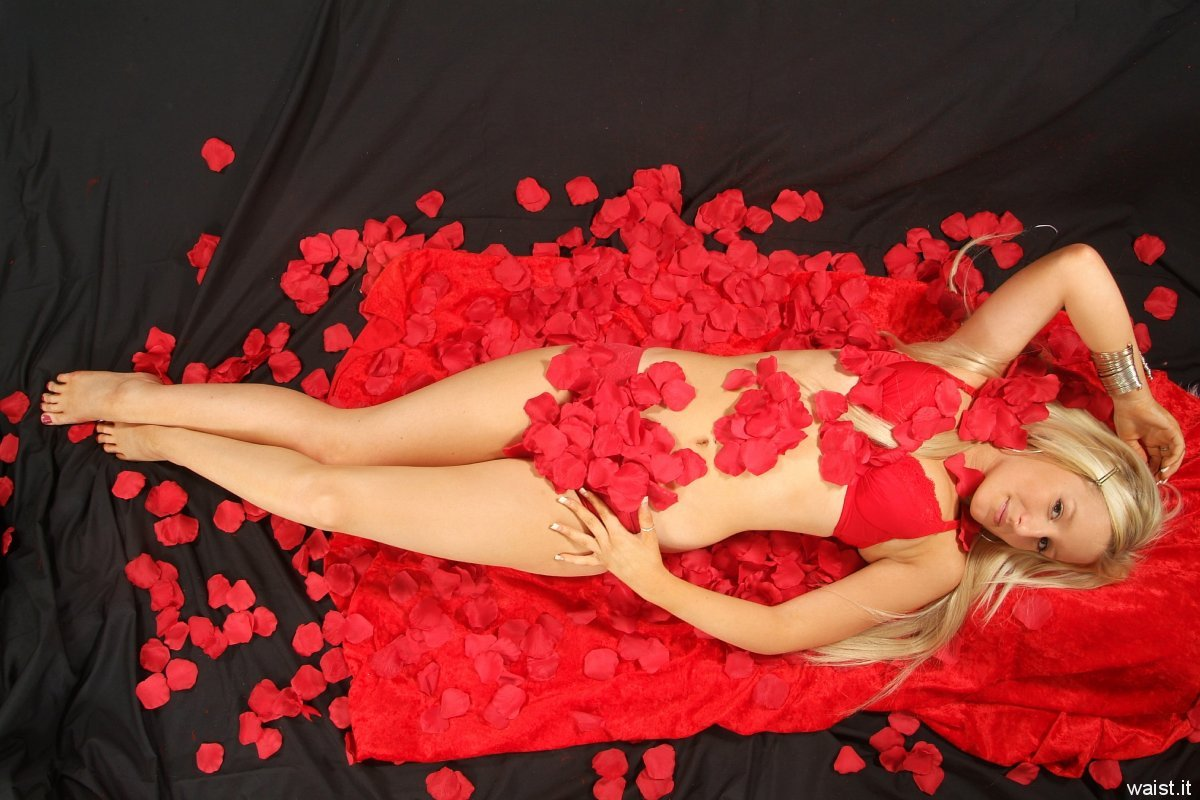 Jade with red rose petals