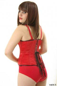 Cara Mascara shows off corset