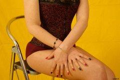 Chiara models Vollers corset