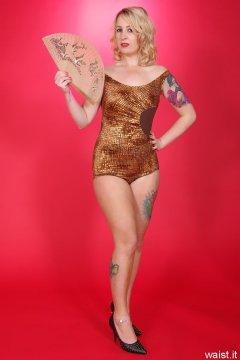 Sammy-Clare 2014-04-13 retro fitness shoot - swimsuit