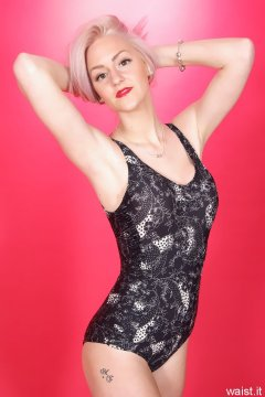 DollyBird 2014-04-13 retro fitness shoot - swimsuit