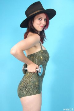 Lauren retro fitness shoot - one piece swimsuit