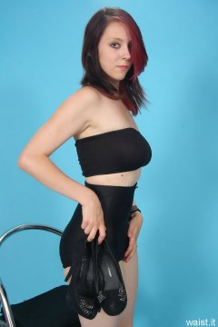 Lauren retro fitness shoot - black style 210 girdle