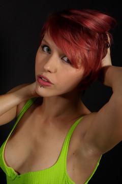 Momo - First retro fitness shoot 2014-08-24
