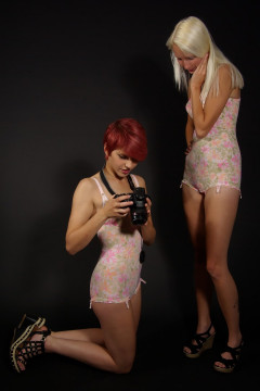 Katy + Momo frst retro fitness shoot 2014-08-24