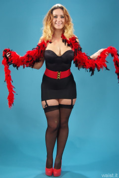 2014-10-18 Egle black Miracle suit bodyshaper and roll on girdle