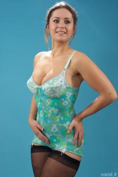 2014-10-18 Egle in Berlei flower power corselette