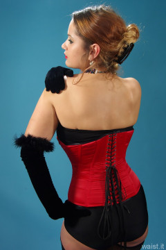 2014-10-18 Egle style 210 girdle and red Vollers corset