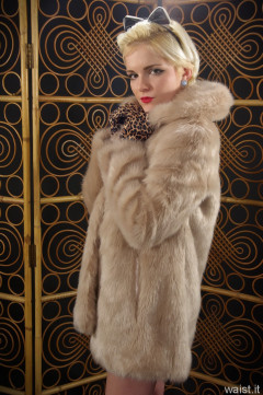 Abbie 2015-01-02 fur coat