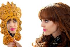 Kirsten-Ria headshot c/w mirror