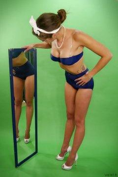 2015-05-04 JaySeaW bra and girdle