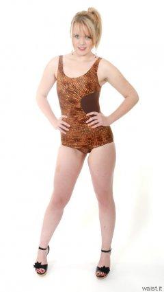 2015-05-25 Amandah Half Moon swimsuit
