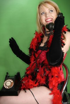 2015-05-25 Amandah red Vollers overbust corset and black girdle with vintage telephone