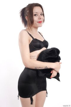 2015-06-06 LTidy black bra and girdle