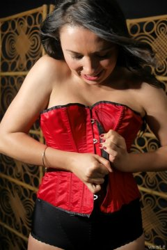 2015-06-27 Marta red Vollers corset and black girdle