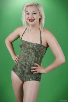 2015-07-26 ZoeCharlotte vintage swimsuit