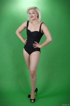 2015-07-26 ZoeCharlotte vintage swimsuit