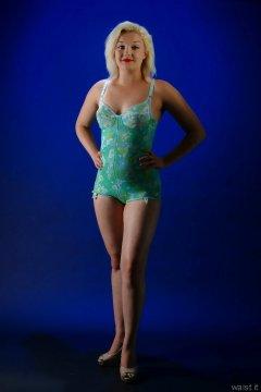 2015-07-26 ZoeCharlotte Berlei corselette