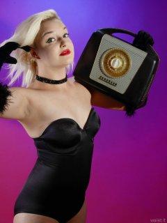 2015-07-26 ZoeCharlotte black Miraclesuit