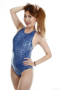 2015-08-03 Laura Toy blue M&S crocskin swimsuit