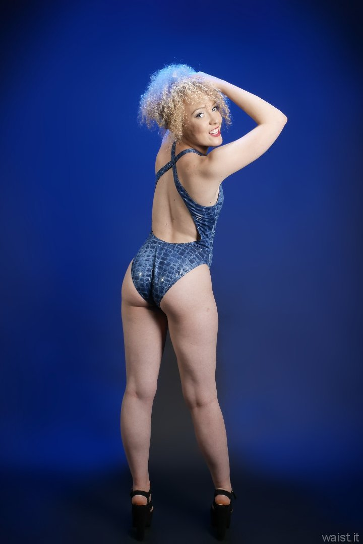 2015-08-14 Jazz in blue M&S croc skin swimsuit