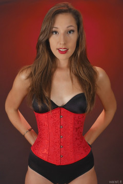 2015-08-16 Dayna Leigh black Miraclesuit with corset