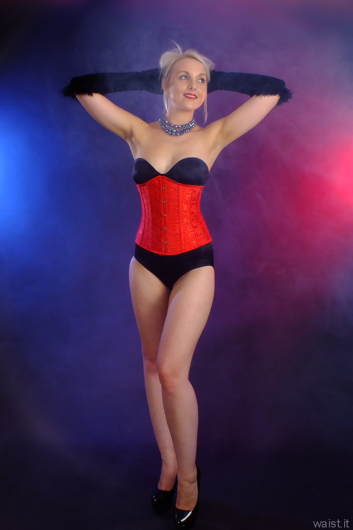 2015-08-22 Princess K black Miraclesuit and red corset