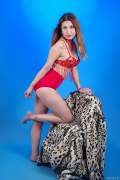 2015-09-13 Laura toy in dance costume