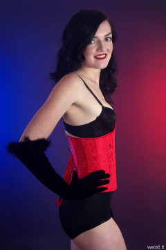 2015-10-24 Jodi Beth red underbust corset