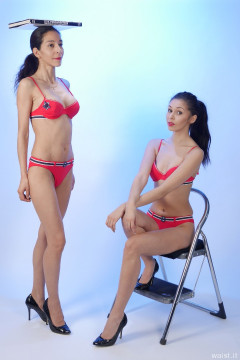 2015-11-21 Heydi and Shannon in red bikini doing deportment exercises