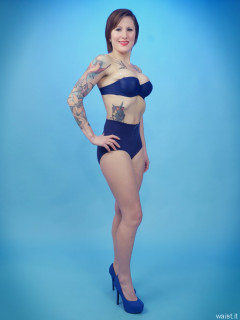 2016-04-02 Lexy showing off her fabuous figure in blue bra and girdle