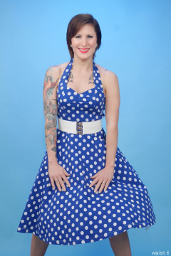 2016-04-02 Lexy in blue polkadot dress