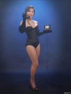 2016-04-02 Lexy in tight black underbust corset