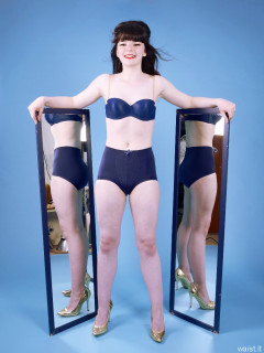 20160522 Ronnie97 playing with mirrors in blue Chinese bra and girdle