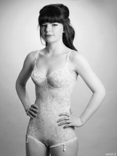 20160522 Ronnie97 in 1960's Berlei flowerpower pantie corselette