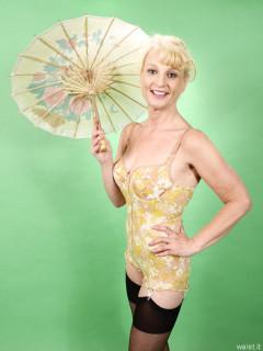 2016-07-03 Nettie in genuine Berlei flower power pantie-corselette