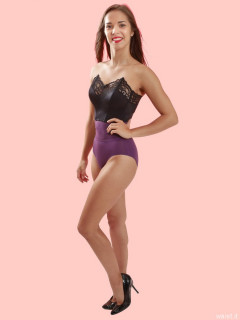 2016-09-09 Danielle Morrison in black strapless bra and purple Chinese waistnipper girdle