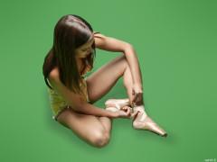 2016-09-09 Danielle Morrison in vintage Berlei pantie corselette and ballet pointe shoes