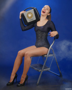 2016-09-09 Danielle Morrison in black long-sleeved leotard and tightly-laced boack underbust corset