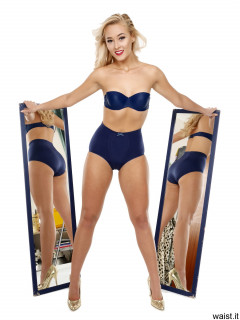 2016-11-06 Fleur in blue Chinese bra and girdle posing with blue 1.2m mirrors