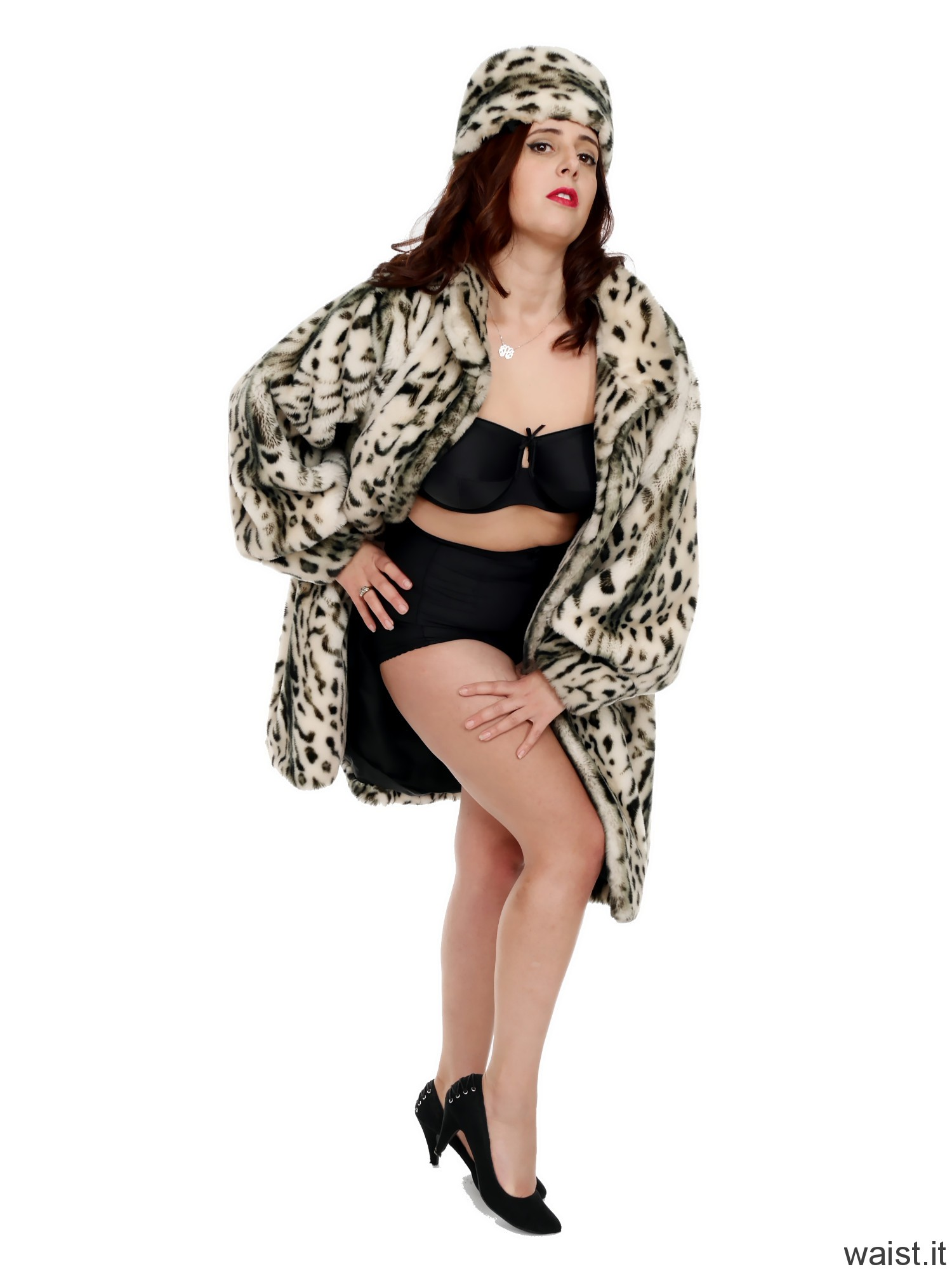 2016-11-23 AlexH fur coat bra and girdle