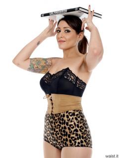 2016-11-26 Zoe34 Animal print control briefs and corset belt