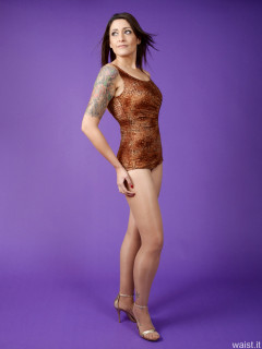 2016-11-26 Zoe34 in copper designer Half Moon swimsuit