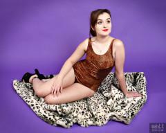 2016-12-04 Nannina in Half Moon designer swimsuit