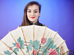 2016-12-04 Nannina in full-length cheongsam with paper umbrella