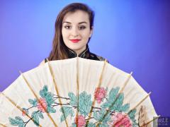 2016-12-04 Nannina in full-length cheongsam with paper umbrella